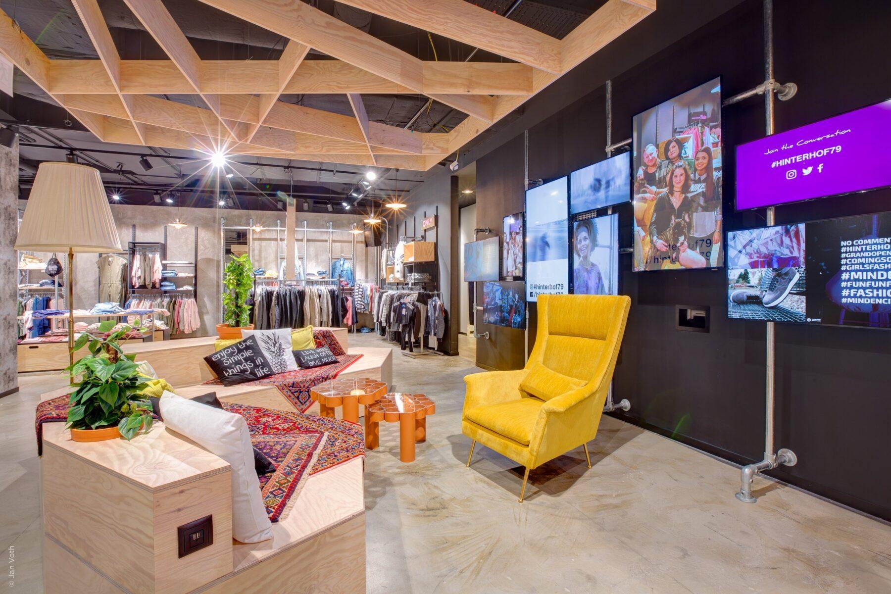 Retail Design Fotografie für Junge Mode im Einzelhandel in Minden