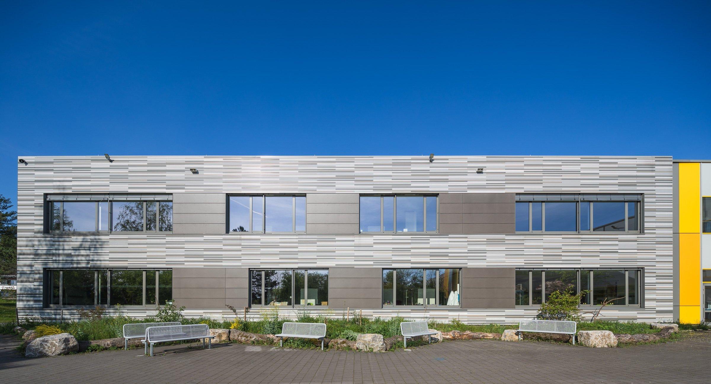 Außenaufnahme Schulzentrum Lohfeld Architekturfoto